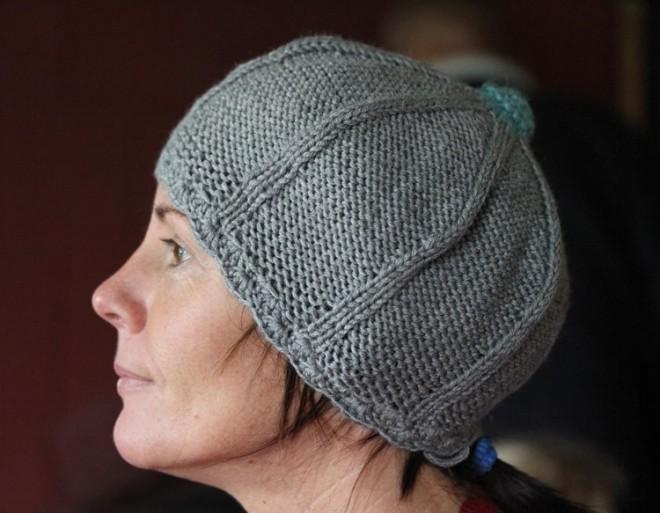 """Megzta elegantiška, vilnonė kepurė """"Pilka. Nepaprastai."""""""